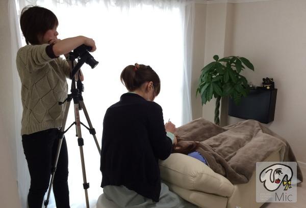 まつ毛エクステの施術風景をプロのカメラマンに撮影してもらいました。