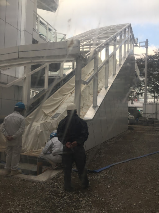 小倉駅前 エスカレーター