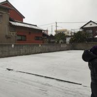 Mic到津店駐車場の雪